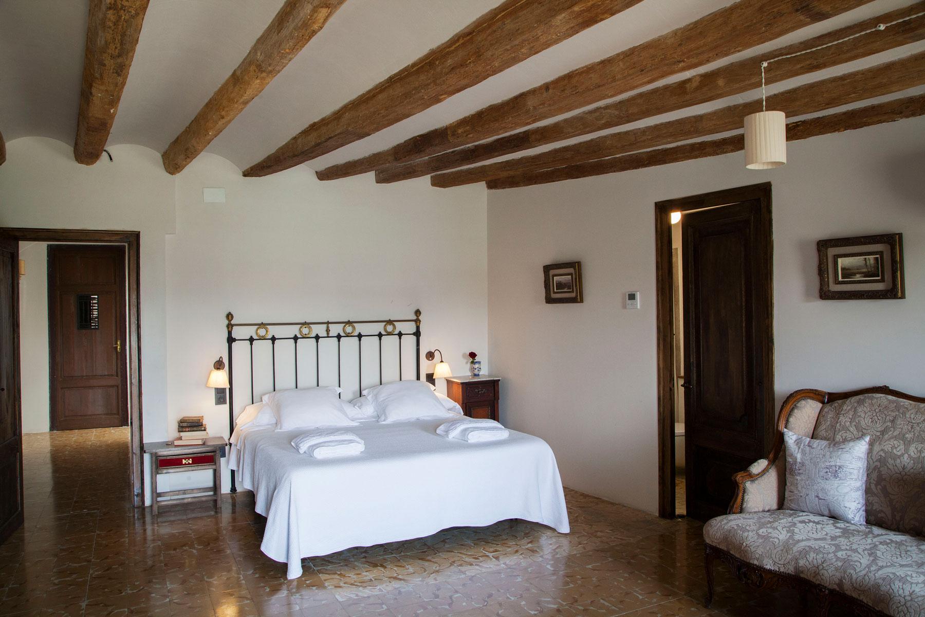Suite Segre. Rural hotel Lo Palauet