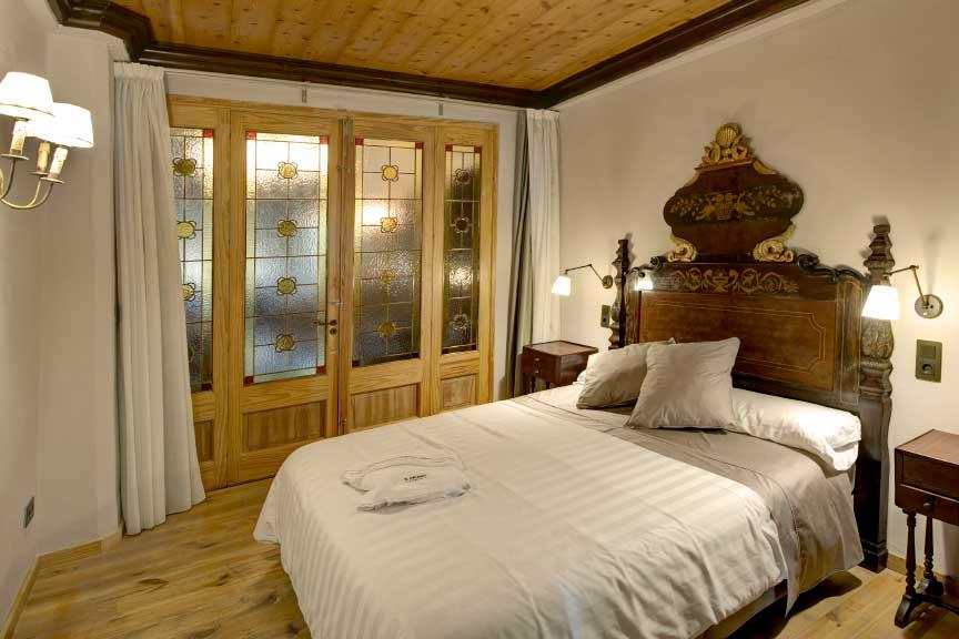 Suite Biblioteca. Charming hotel, Balaguer